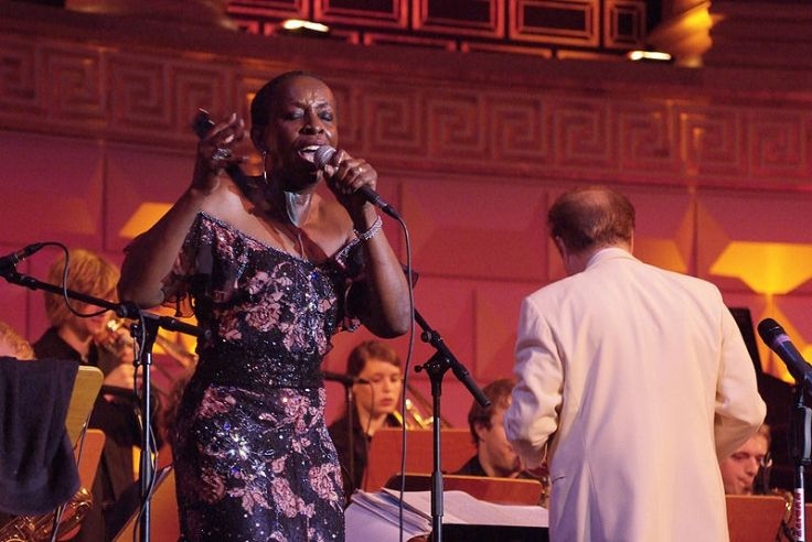 800px-Jazz_singer_Madeline_Bell